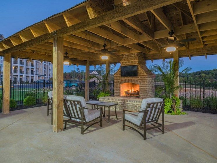 Patio With Fireplace at Abberly Waterstone Apartment Homes, Stafford, 22554