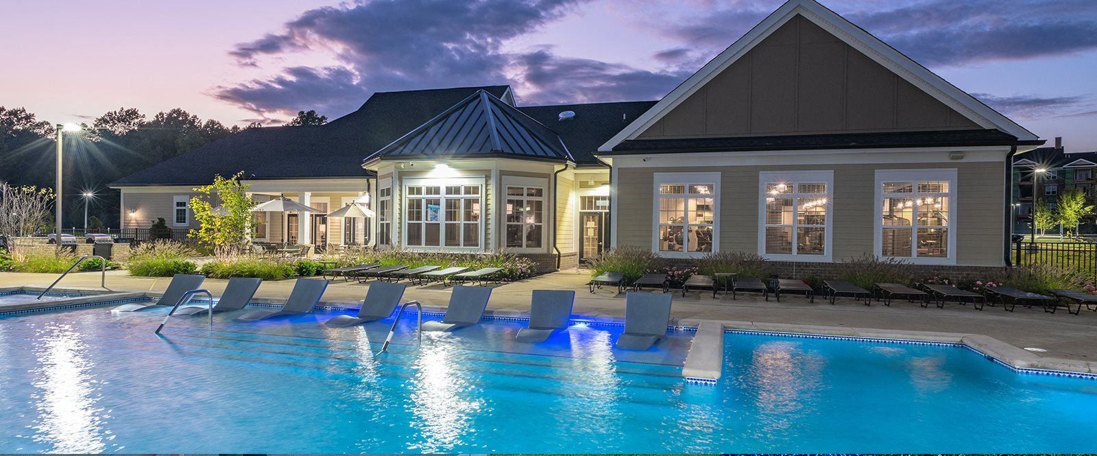 Sparkling Swimming Pool at Abberly Waterstone Apartment Homes, Virginia, 22554