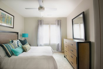128 Florence Street 1-2 Beds Apartment for Rent Photo Gallery 1
