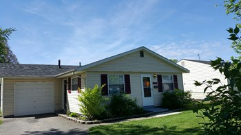 1373 Evergreen Rd 3 Beds House for Rent Photo Gallery 1
