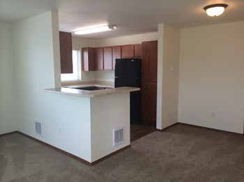 16102 E. Broadway Ave 2 Beds Apartment for Rent Photo Gallery 1