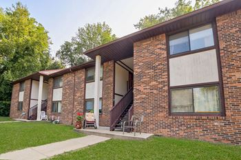 104 Country Place Dr. 1-3 Beds Apartment for Rent Photo Gallery 1