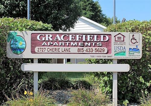 Gracefield Apartments Community Thumbnail 1