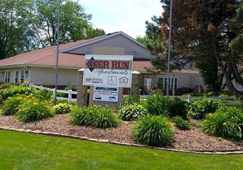 Deer Run Apts. Community Thumbnail 1