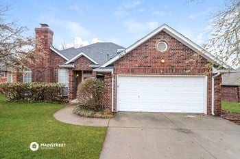 2616 Shady Tree Ln 3 Beds House for Rent Photo Gallery 1