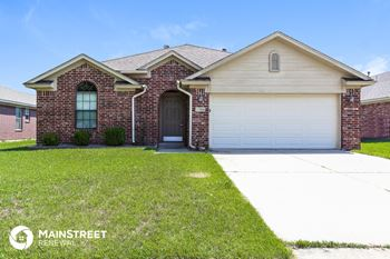 2025 Old Central Dr 3 Beds House for Rent Photo Gallery 1