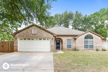 921 Lake Ridge Dr 3 Beds House for Rent Photo Gallery 1