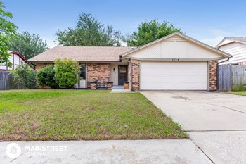 1124 N Patterson Dr 3 Beds House for Rent Photo Gallery 1