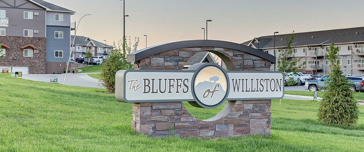 Sign at Bluffs of Williston Apartments ND