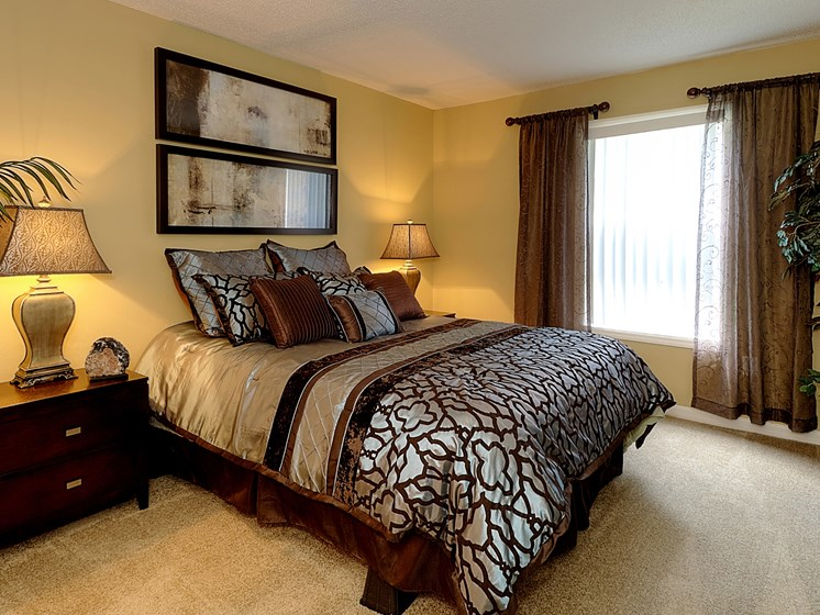 Bedroom with carpet Aventine at Forest Lake Oldsmar Tampa Florida
