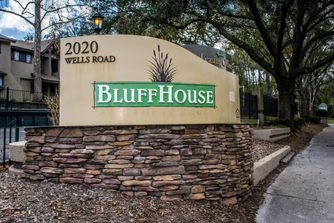 Bluffhouse entrance sign at Bluff House Apartment Homes, Florida