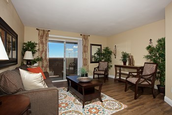2750 S.Durango Drive 1-3 Beds Apartment for Rent Photo Gallery 1