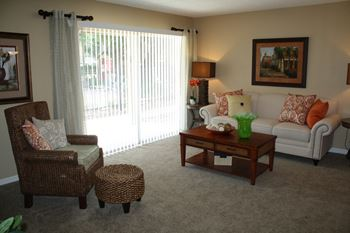 3808 Hunt Road 1-2 Beds Apartment for Rent Photo Gallery 1
