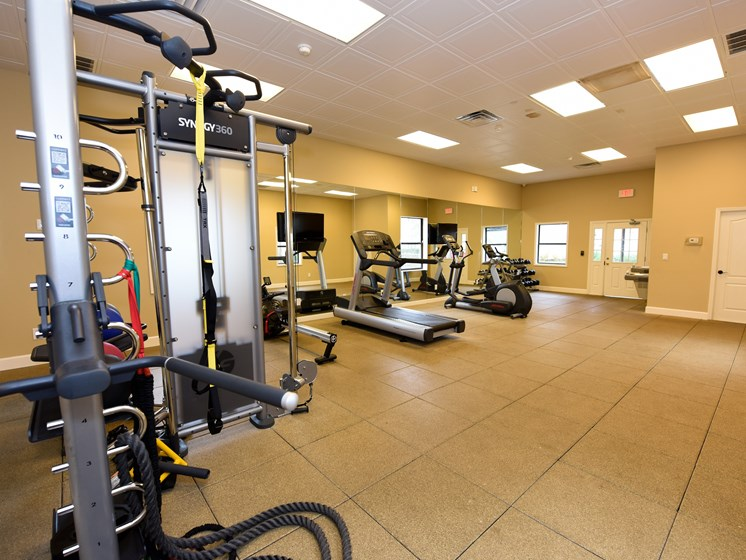 Workout Facility at Green Oaks Apartments, Tampa