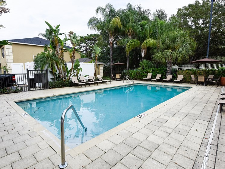 Pool Area at Green Oaks Apartments, Tampa, Florida