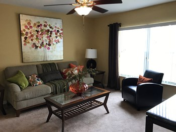 10770 Clear Lake Loop 2-4 Beds Apartment for Rent Photo Gallery 1