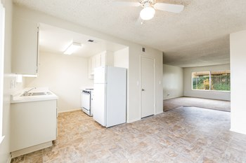3250 Panorama Drive 2 Beds Apartment for Rent Photo Gallery 1