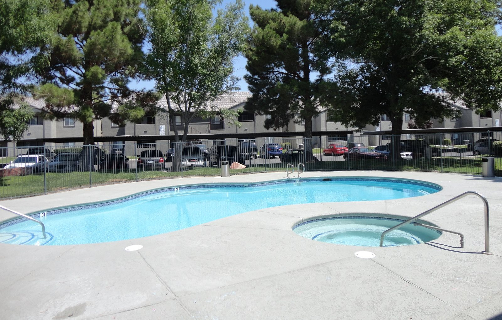 Pool Madison Apartments Henderson Nevada