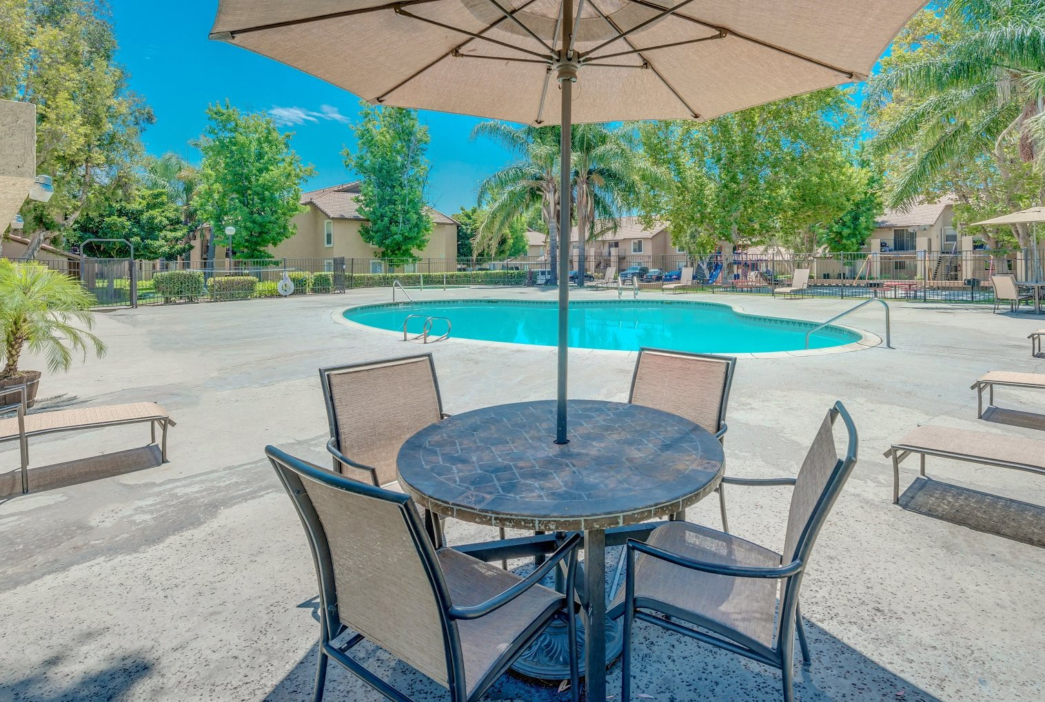 Maple Hill | Apartments in Fontana, CA