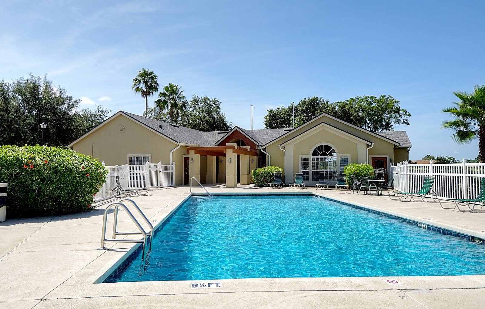 Pool Club House Orlando Florida