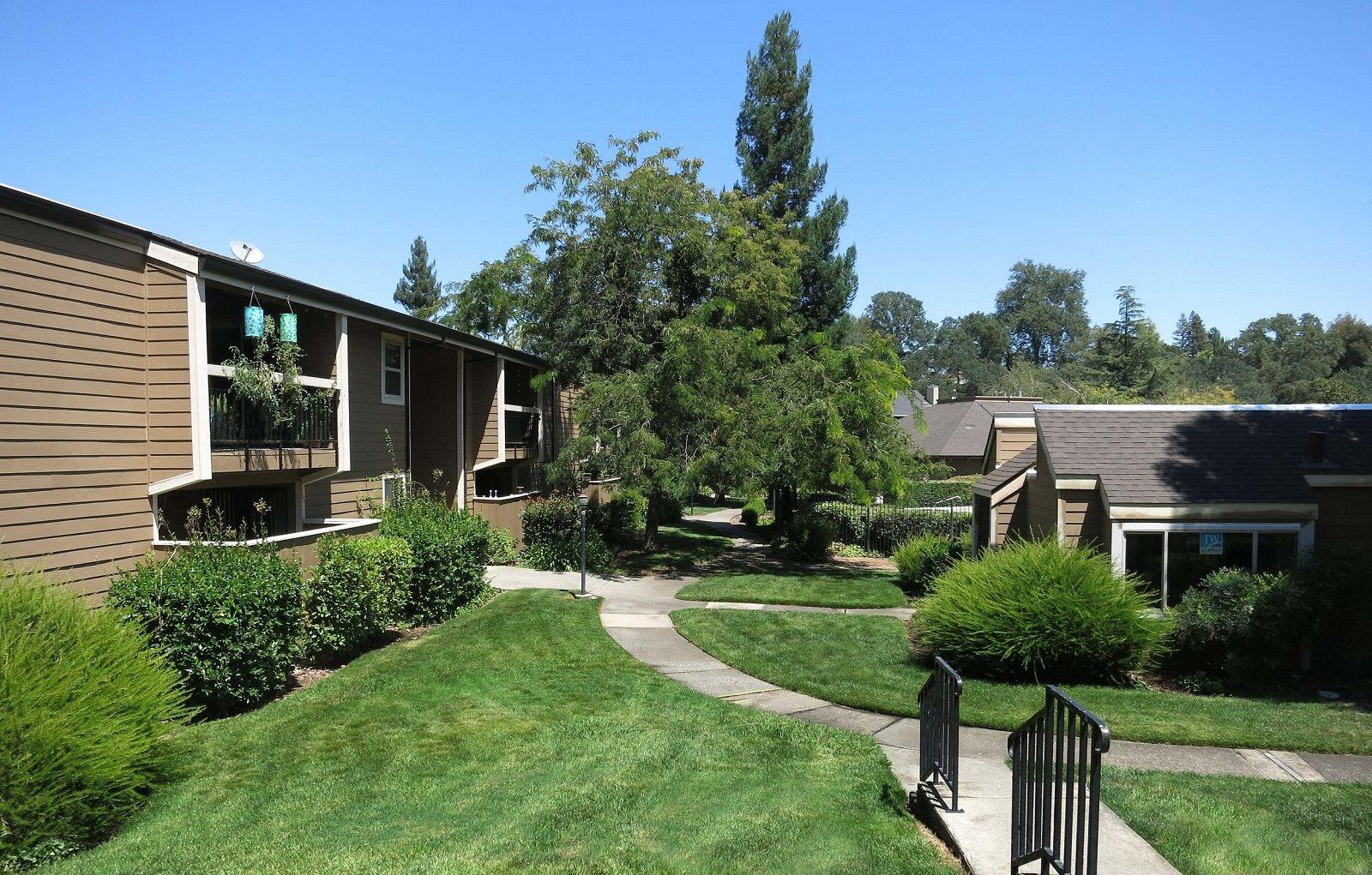 Exterior Rollingwood Commons Fair Oaks, Sacramento, CA