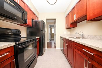 30 Clipper Court 2 Beds Apartment for Rent Photo Gallery 1