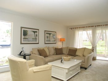 7740 Southside Boulevard 1-3 Beds Apartment for Rent Photo Gallery 1