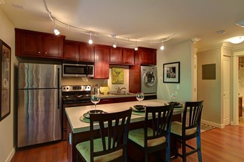 23407 16th Avenue South 1-2 Beds Apartment for Rent Photo Gallery 1