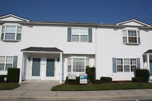 3951 Sterling Pointe Drive 2 Beds House for Rent Photo Gallery 1
