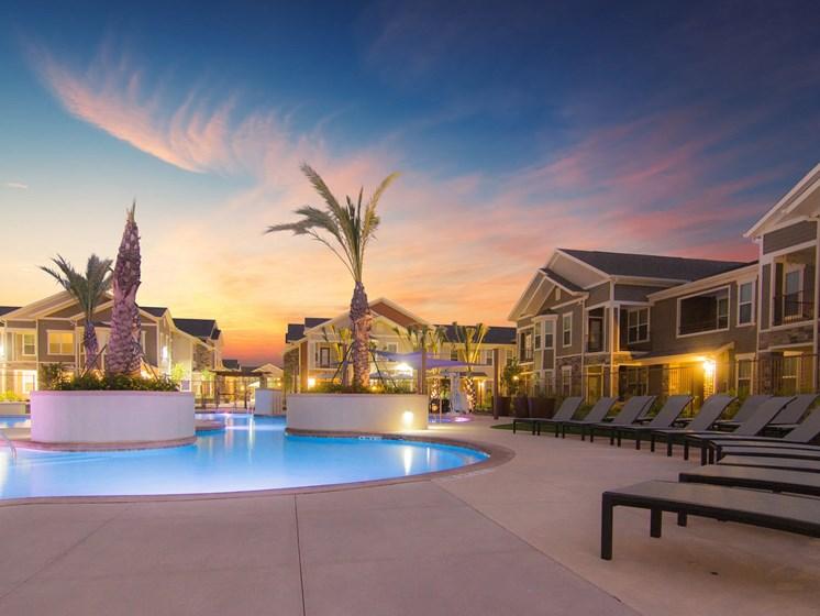 pool san antonio luxury apartments
