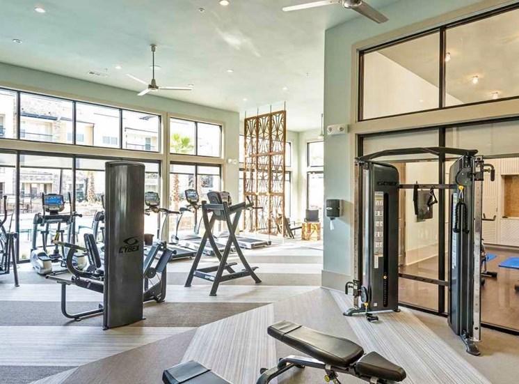 gym north austin apartments