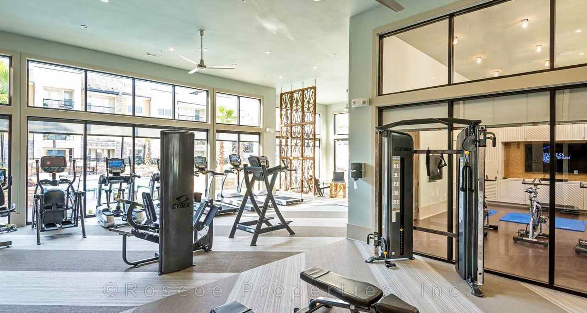 apartments_in_katy_workout_room
