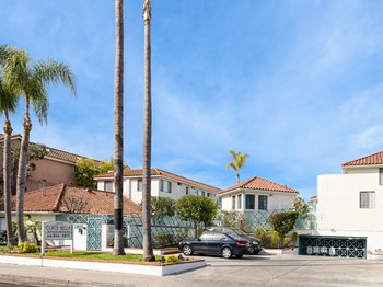 13935 Lemoli Ave. 1-2 Beds Apartment for Rent Photo Gallery 1