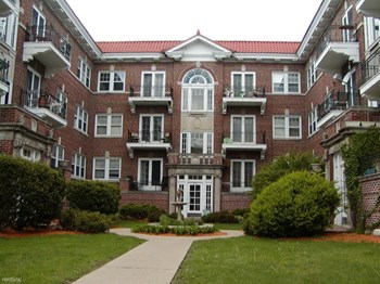 950 North Main Street 2 Beds Apartment for Rent Photo Gallery 1