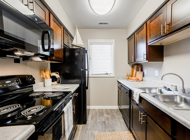 All Electric Kitchen at Northlake Village Apartments, Noblesville, IN