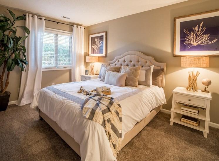 Master Bedroom in 2B-2BR Apartment at Northlake Village