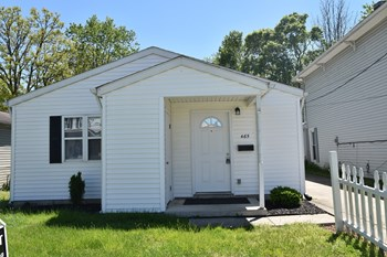 465 Henderson Ave 3 Beds House for Rent Photo Gallery 1