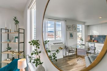 505 W. Broad St. Studio-2 Beds Apartment for Rent Photo Gallery 1