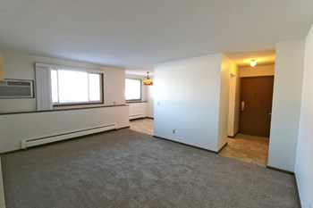 375 83Rd Avenue 2 Beds Apartment for Rent Photo Gallery 1