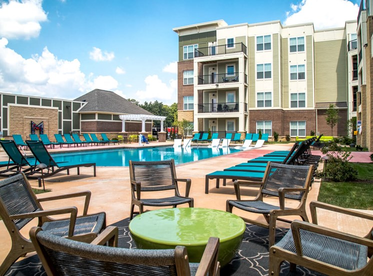 Lounge Seating Poolside Mosaic at Levis Commons Apartments in Perrysburg, OH near Toledo