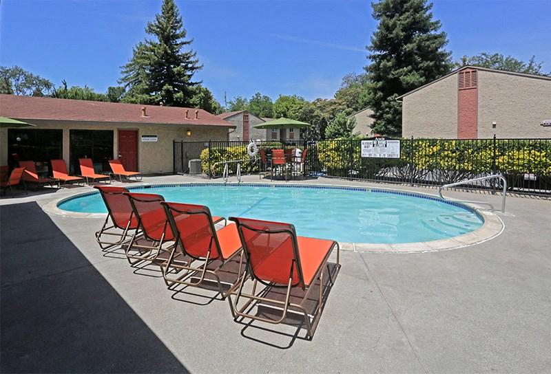 Acacia | Chico CA | Apartments | Pool