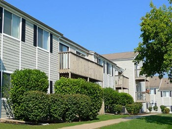2510 Canterbury Rd. Studio-3 Beds Apartment for Rent Photo Gallery 1