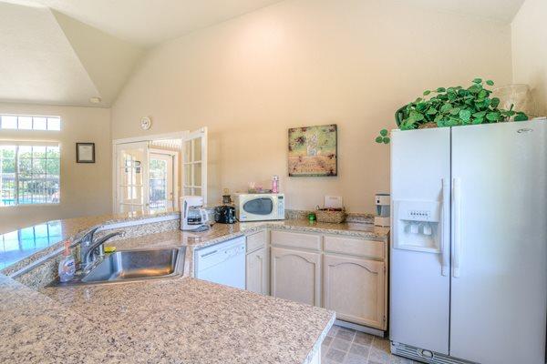 River Knolls Apartments, 500 Hilltop Drive, Redding, CA ...