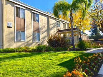 5700 Marconi Avenue 1-2 Beds Apartment for Rent Photo Gallery 1