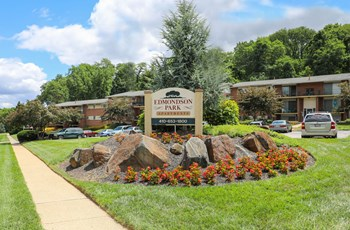 7900 Brookford Circle 1 Bed Apartment for Rent Photo Gallery 1