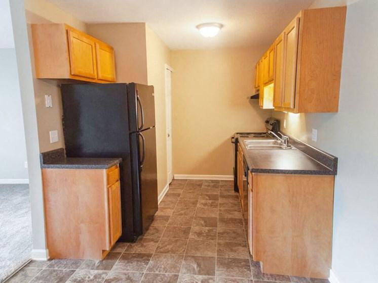kitchen at Hunters Ridge apartments