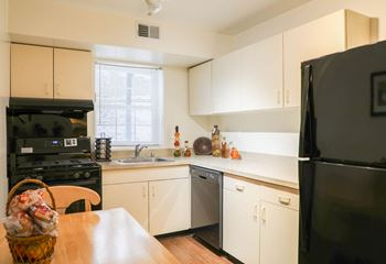 4409 Moravia Park Road 1-2 Beds Apartment for Rent Photo Gallery 1