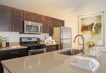 10209 Grand Central Avenue 1-2 Beds Apartment for Rent Photo Gallery 1