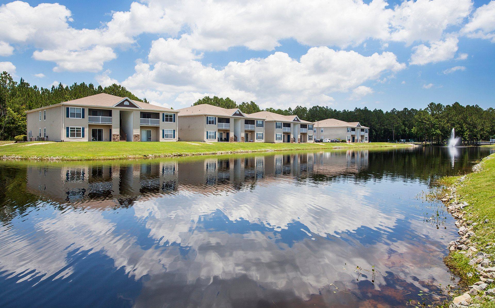 Surprising Crystal Lake Apartments In Pensacola Fl Interior Design Ideas Apansoteloinfo