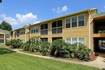 6677 Tanglewood Bay Drive 1-2 Beds Apartment for Rent Photo Gallery 1